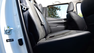 Mercedes X 250 d - rear seats