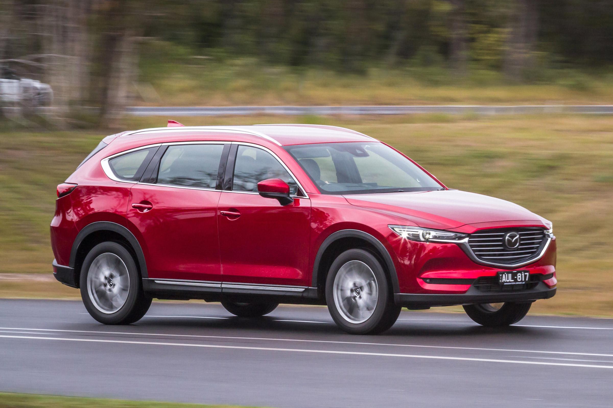 Kelebihan Mazda 8 Murah Berkualitas