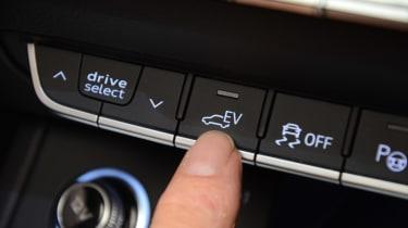 Audi Q5 PHEV long-termer - first report EV mode