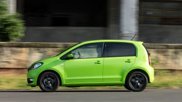 Skoda Citigo - side action