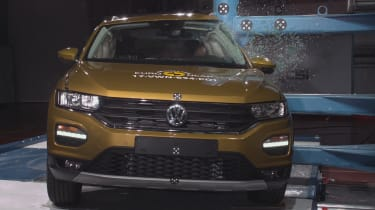 VW T Roc - Pole crash test