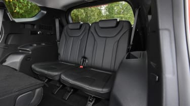 hyundai santa fe rear seats third row