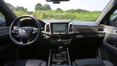 SsangYong Rexton - interior