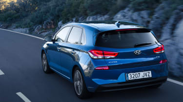 Hyundai i30 2017 - blue rear tracking