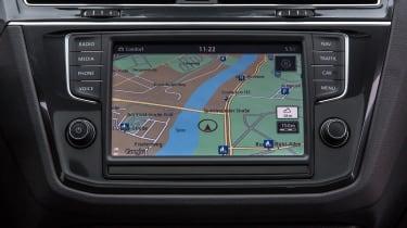 Volkswagen Tiguan 2016 - infotainment