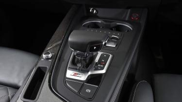 Audi S4 - centre console