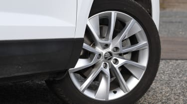 skoda karoq alloy wheel