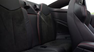 Peugeot RCZ R rear seats