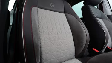 Volkswagen Polo - front seats