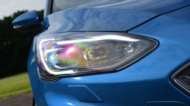Ford Focus ST Estate - front light