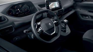 New 2018 Peugeot Partner van interior
