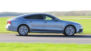 Audi A7 - panning