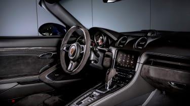 Porsche Boxster GTS 4.0 PDK cabin