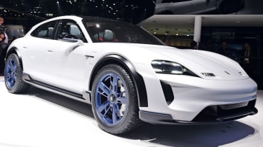Porsche Mission E Cross Turismo front quarter
