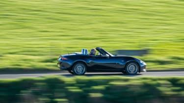 Mazda MX-5 Sport Venture - side