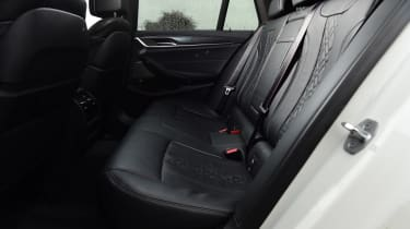 BMW 530d Touring - rear seats