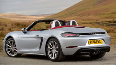 New Porsche 718 Boxster 2016 - rear quarter