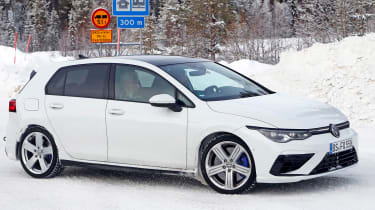 2020 Volkswagen Golf R - minimal disguise - front cornering