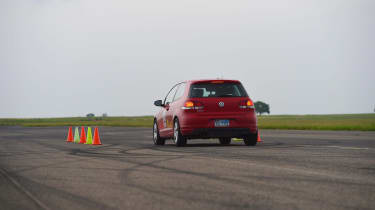 Ultimate tyre test - nose on