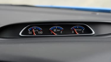 Ford Focus RS - bars