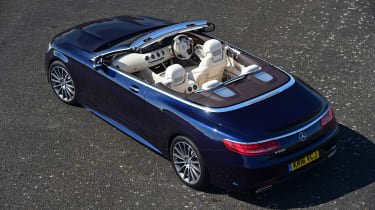 Convertible megatest - Mercedes S 500 Convertible - above rear