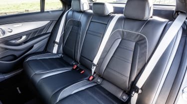 Mercedes-AMG E 63 S - rear seats
