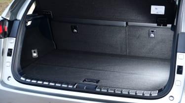 Lexus NX - boot