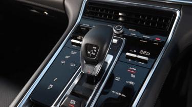 Porsche Panamera 4 E-Hybrid - centre console