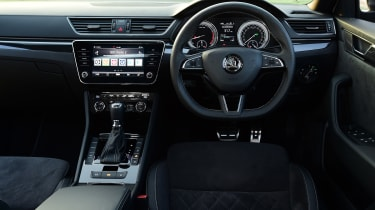 Skoda Superb Sportline - interior