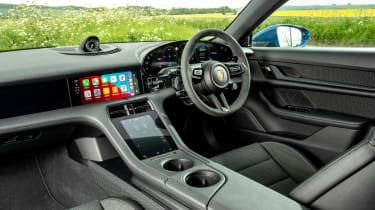 Porsche Taycan RWD - cabin