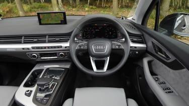 Audi Q7 e-tron - dash