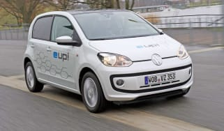 Volkswagen e up! front tracking