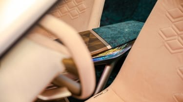BMW Vision iNEXT concept - interior detail
