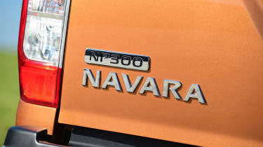 Nissan Navara - badge detail