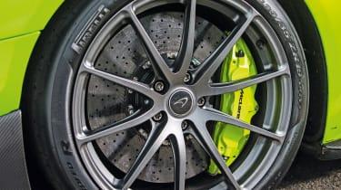 McLaren 675LT - wheel