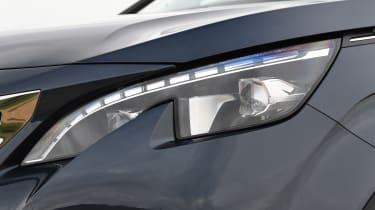 5008 headlight