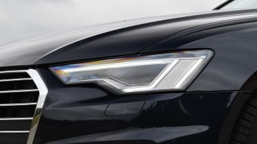 Audi A6 - front light