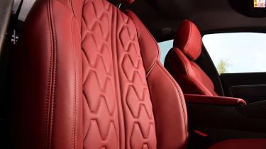 Peugeot 508 SW - seat detail