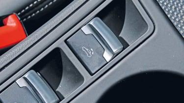 Audi S5 Cabriolet roof button