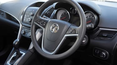 Used Vauxhall Zafira Tourer - steering wheel