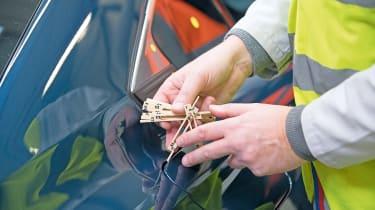 Peugeot 508 testing - petrol cap