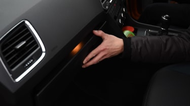 SEAT Ateca long term - second report glovebox