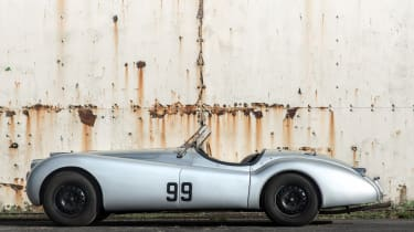 Jaguar XK120 OTS side profile