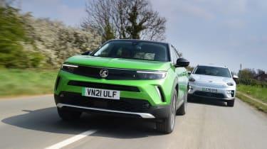 Vauxhall Mokka-e vs Kia e-Niro - tracking
