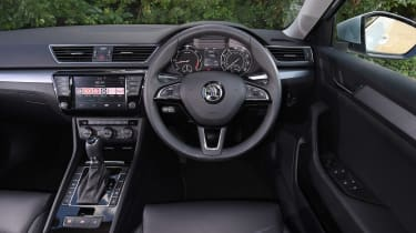 Skoda Superb Estate - dash