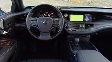 Lexus LS 500h 2018 review - interior