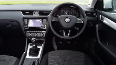 Skoda Octavia 1.0 TSI 2016 - interior