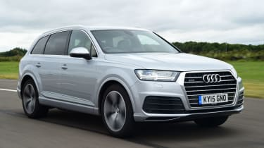 Audi Q7 - front tracking