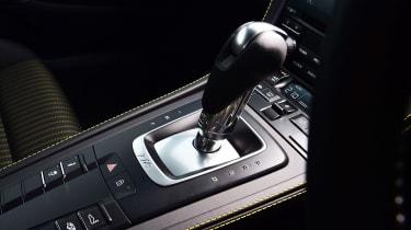 Porsche 718 Cayman T - transmission