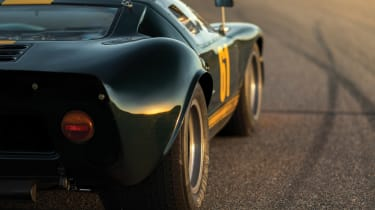 Ford GT40  - RM Sotheby's